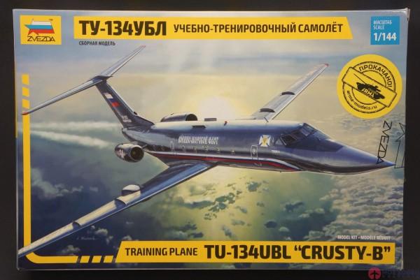 Учебно-тренировочный самолёт ТУ-134УБЛ от Звезды